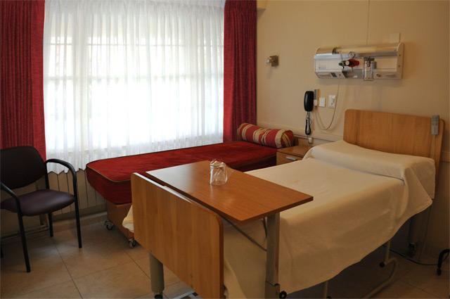Habitación en el Sanatorio Tandil, donde se hará la internación del post operatorio